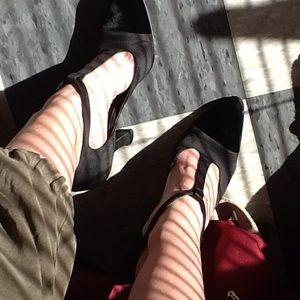 Beautiful! T-strap heels, #vintage, #holidays